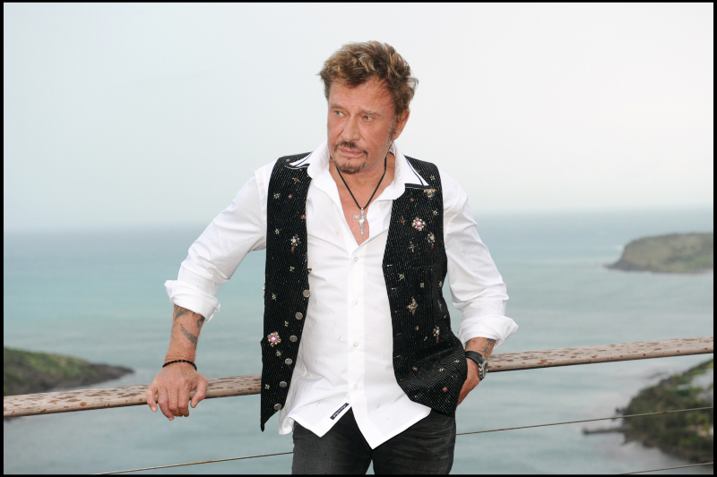 Johnny Hallyday revient en France