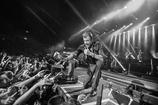 Johnny-Hallyday-on-the-road-02