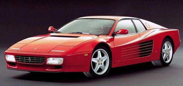 Voiture-Ferrari-Testarossa-de-Johnny-Hallyday
