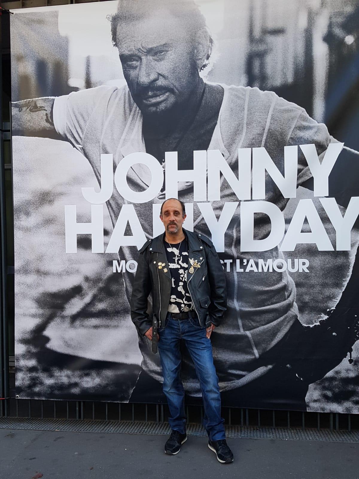 Johnny Hallyday ecoute avant premiere mon pays c est l amour Florence marchand 02