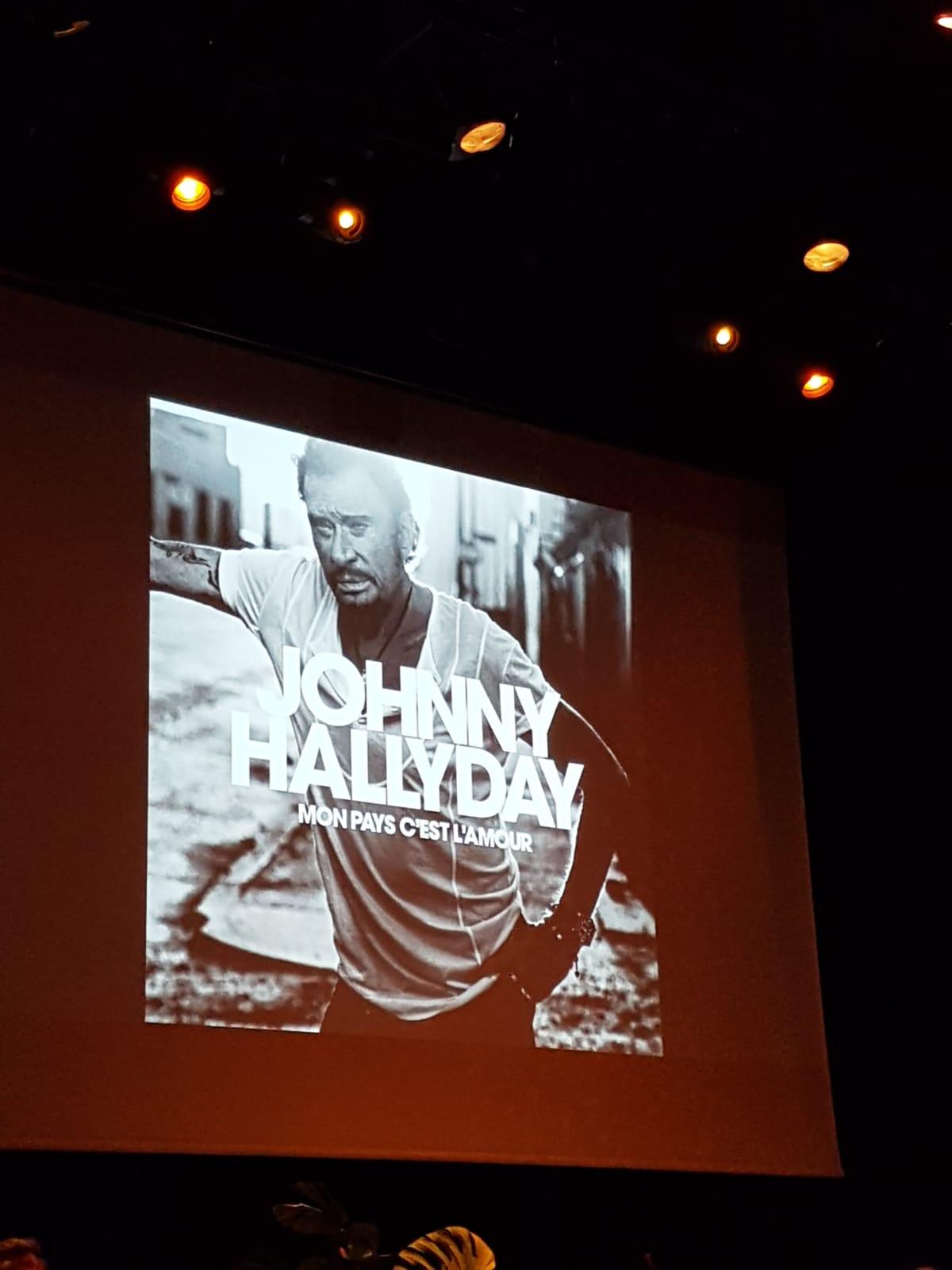 conference presse Johnny Hallyday ecoute avant premiere mon pays c est l amour Florence marchand